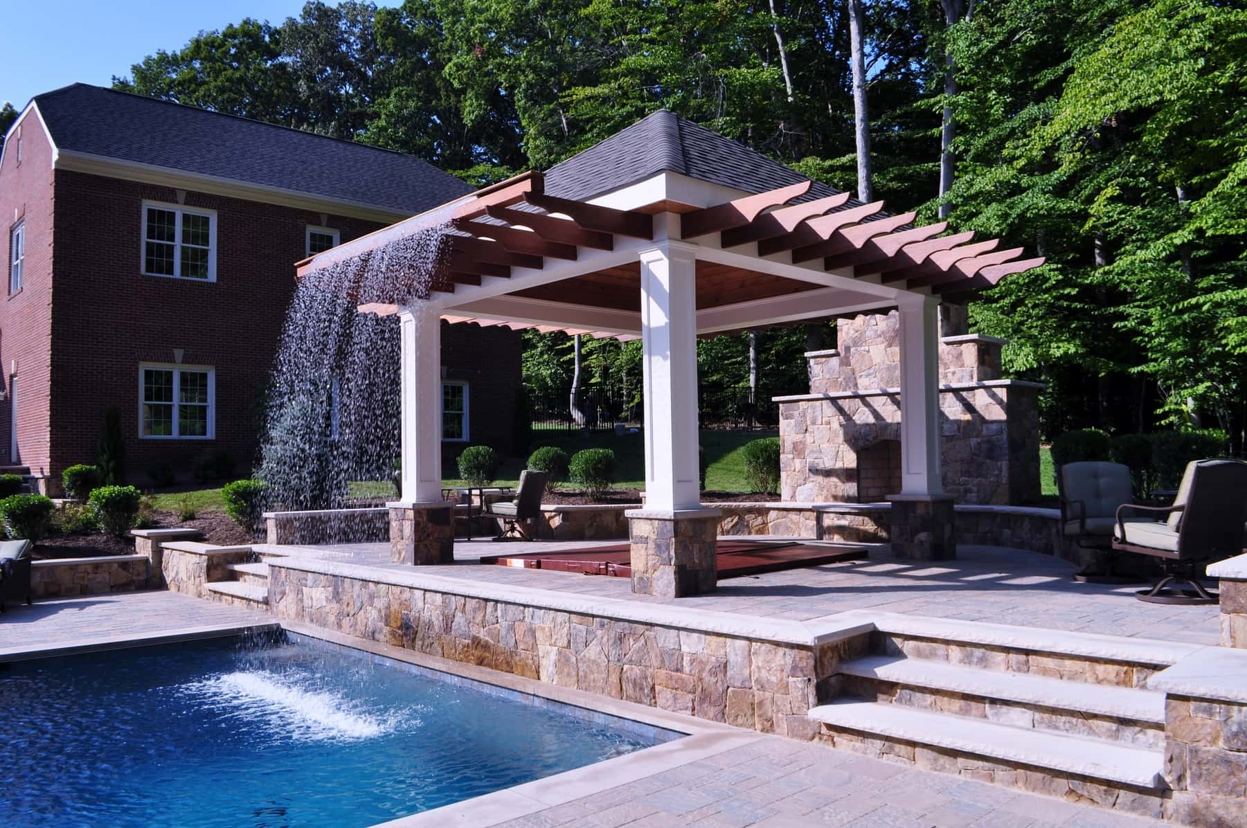 Water Feature, Hot Tub, Custom Fire Place, Arden on the Severn MD