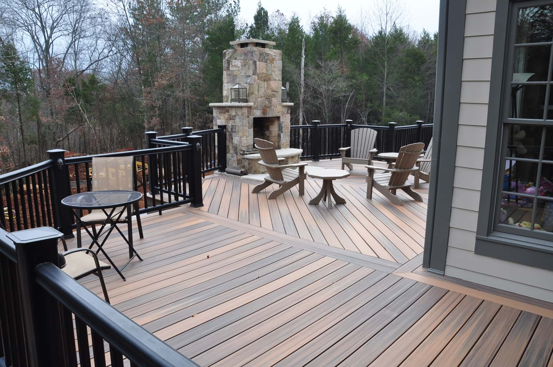 Low Maintenance Deck, DC